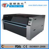 La alimentación automática textil Máquina de grabado láser
