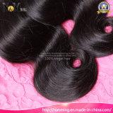 高級品10Aの等級の加工されていないRemyの人間の毛髪の束インドボディ波の波状のバージンの毛