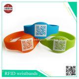 Wristband del silicone con il codice azteco differente/codice a barre di Qr Code/2D