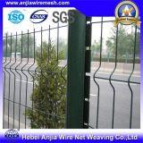 PVCによって塗られる溶接された金網の塀の防御フェンス