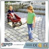 屋外のための自然な灰色の胆ばんまたは玄武岩または花こう岩の敷石、通路、庭、テラス