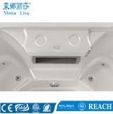 Persona 7 che mette la vasca a sedere acrilica esterna della STAZIONE TERMALE di massaggio (M-3347)