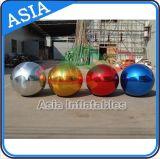 Bola de espelho vermelho inflável colorido de 2 m para publicidade exterior