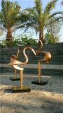 Decorazione esterna astratta della scultura di vetro e dell'acciaio dell'uccello