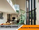 屋内薄板にされたガラスおよび鋼鉄まっすぐな鋼鉄ステアケース