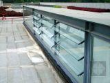 Ventana de persiana con hojas de vidrio