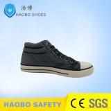 Metà di gomma di prezzi poco costosi diretti della fabbrica la sola ha tagliato le calzature casuali della tela di canapa di svago vulcanizzate sport classico di modo