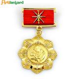 En plaqué or avec insigne métallique personnalisé de la broche