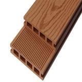 Plancher extérieur du Decking composé en plastique en bois WPC de Skidproof