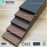 Anti plancher composé en plastique en bois UV et imperméable à l'eau du Decking WPC
