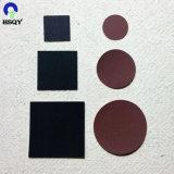 Brown ovale de papier correspondent à la sécurité frappant les grévistes de comparaison