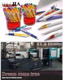 ペンのシェルの射出成形機械