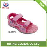 Nouveau design de mode Outdoor belle promenade PU Kids sandales