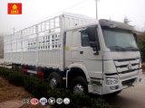 Sinotruk HOWO 8X4の貨物棒のトラック