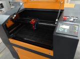木製のアクリルの切断および彫版のためのFL6040レーザーのカッター機械