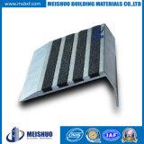 La escalera baja de aluminio del azulejo de los almacenes parte la escalera anti Nosings del resbalón