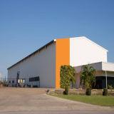 El almacén prefabricado del metal estructura el edificio de la construcción para el almacenaje