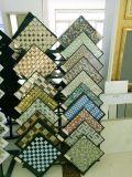 8mmのクリスタルグラスの正方形の形の装飾的なモザイク価格
