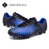 Voetbalschoenen van de Kwaliteit van het ontwerp van China Manufucturer de Nieuwe Beste
