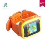 2017子供のための最新のSosの非常ボタンの腕時計GPSの追跡者