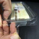 La plastica libera della bolla toglie il contenitore del panino