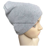 O produto chinês da fábrica personalizou o chapéu Slouchy acrílico cinzento bordado logotipo do Beanie