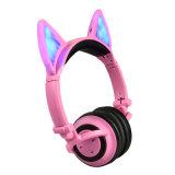 Écouteurs rougeoyants mignons de Bluetooth de marque de distributeur d'OEM d'enfants d'éclairage LED