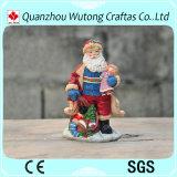 Casa del Figurine del Babbo Natale dei punti di natale della resina e decorazione dipinte a mano di festa