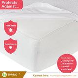 Size Waterproofおよび低刺激性のマットレスの保護装置王