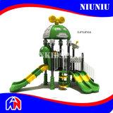 아이들 운동장 장비를 위한 옥외 운동장
