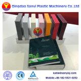 プラスチックPVC WPC幅の機械3つの層の共押出し皮の泡のボードの放出: 2050mm