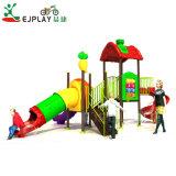 Un design attractif enfants Nouvelle Diapositive en plastique pour terrain de jeux extérieur