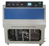 Altération superficielle par les agents atmosphériques examinant l'équipement de test UV de laboratoire de résistance