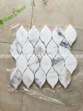 熱い販売の白く安い価格のCalacattaのイタリアの大理石のモザイク・タイル