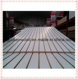 MDF Slatwall de la melamina con las piezas insertas del aluminio/el MDF ranurado