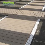 Decking extérieur Anti-UV des panneaux d'étage des bons prix WPC