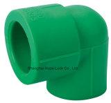 Tutto gradua il fornitore secondo la misura disponibile PPR della parte superiore del riduttore del tubo che riduce il T
