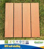 容易なオレンジDeckingのタイルの屋外の木製のプラスチック合成の小さいフロアーリングはインストールする