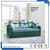 Wohnzimmer 3 Seater Textilverpackung-Schaumgummi-faltendes Sofa-Bett mit den Armen