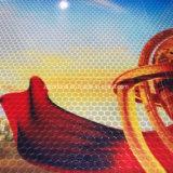 Het Afdekken van de Verkoop van de fabriek het Directe Weerspiegelende VinylRood van de Sticker van de Honingraat van Broodjes