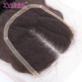 Chiusura centrale del merletto della parte dell'onda profonda dei capelli umani del Virgin di Yvonne