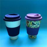 Tasse de café en bambou de fibre avec les cuvettes de café amicales de course d'Eco de chemise de silicium avec des couvercles de silicium