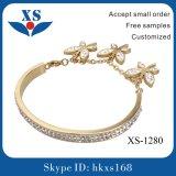 最新のデザイン方法宝石類の鋼鉄腕輪のブレスレット