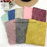 Dame Fashion Crepe Silk Scarf der Qualitäts-2017 mit gefärbter Stickerei