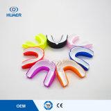Dents colorées en plastique de plateaux de bouche d'EVA blanchissant des butoirs de bouche