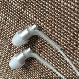 Auriculares do fone de ouvido da em-Orelha com o Mic para telemóveis Earbuds baixo estereofónico 3.5mm Jack