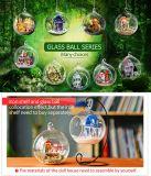 Dollhouse DIY de la bola de cristal de la luz de la decoración de la Navidad