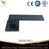 Levier de droite noir plat Poignée de porte sur base carrée