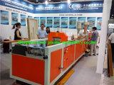 木製のプラスチックWPC Deckingのプロフィールの共押出し機械