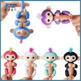 2017 pececillos interactivos vendedores calientes del mono del bebé del dedo para los cabritos